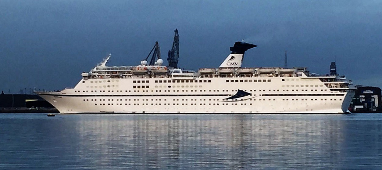Cruiseschip Magellan in Amsterdam 30-10-2016